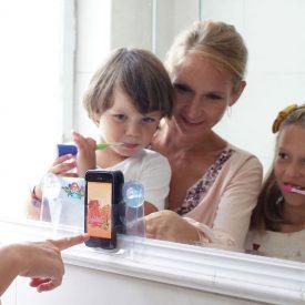 Playbrush-Zahnputzaufsatz-fuer-Kinder-mit-Bluetooth-Kickstarter03